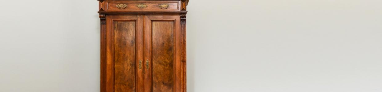 רהיטים ישנים לחדשים – איך לחדש רהיטים שעבר זמנם?